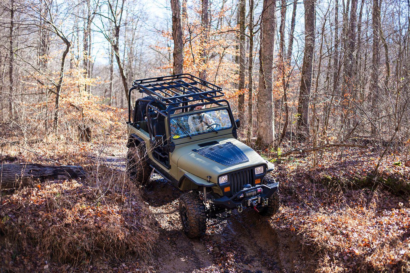 CM_Jeep offroad.jpg