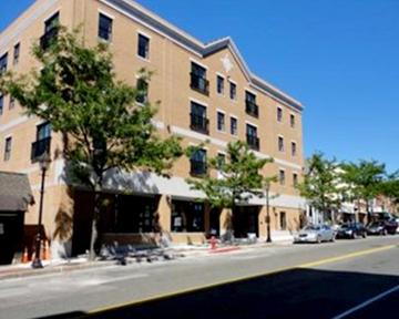 411 Main Street