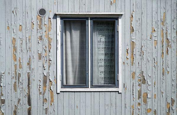 window-1573052_640-1.jpg