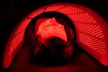 LED THERAPY FACIAL.jpg