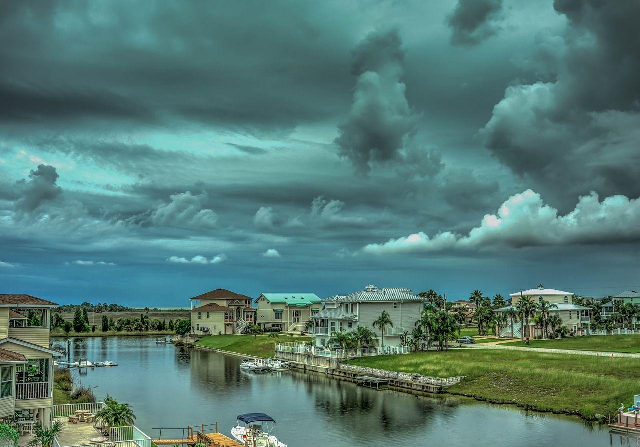 storm-466676_1280.jpg