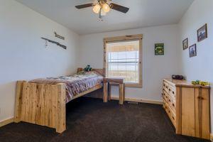 Bedroom-1a-5fa998139a0de-1381x921.jpg
