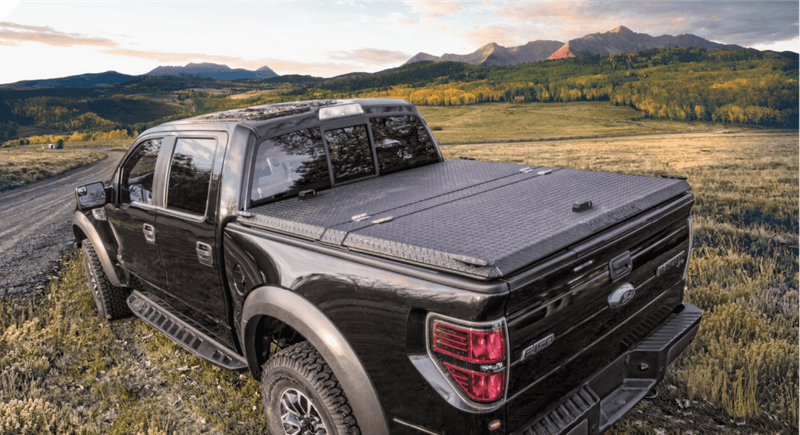 metal-bed-cover-rugged-se_1_5x-1024x557.png