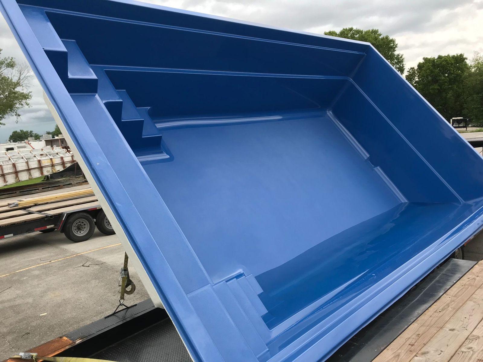 Imagine Pools Freedom 23 Ocean Blue 2019-0711 Knox Yard 2.jpg
