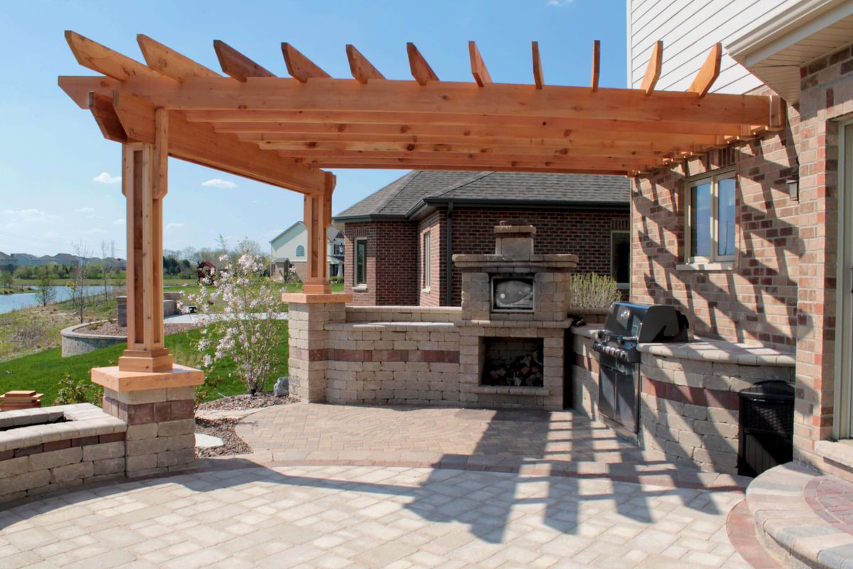 13-pergola-ideas-homebnc.jpg
