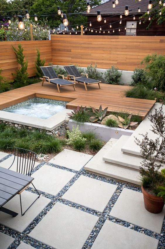 29-small-backyard-landscape-designs.jpg
