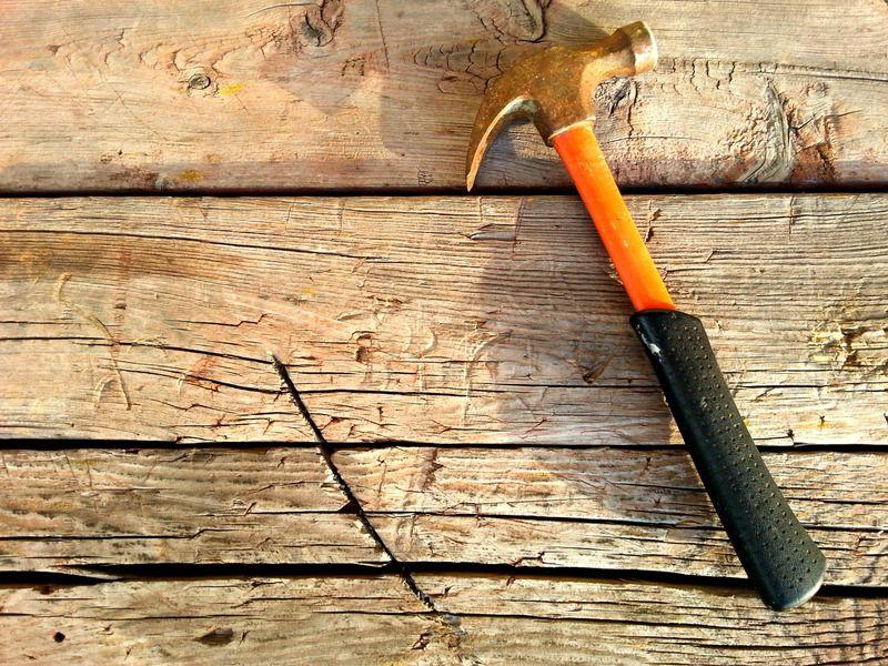 canva-hammer-summer-construction-site-tree-MACZhygTzcM-5cc9e4a04d820.jpg