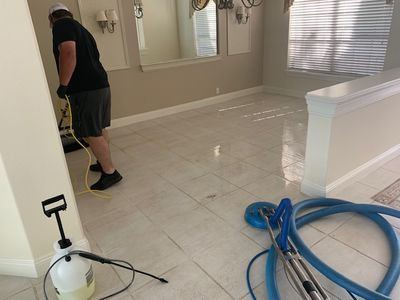 Performing a Tile and Grout Cleaning