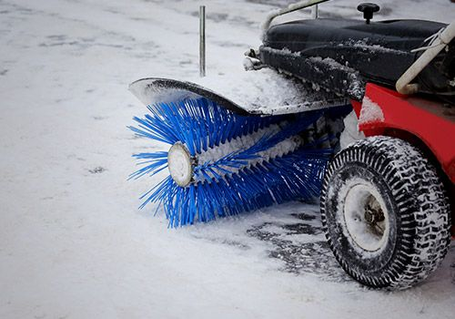 Image of a snow blower