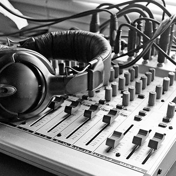 sound stage-img.jpg