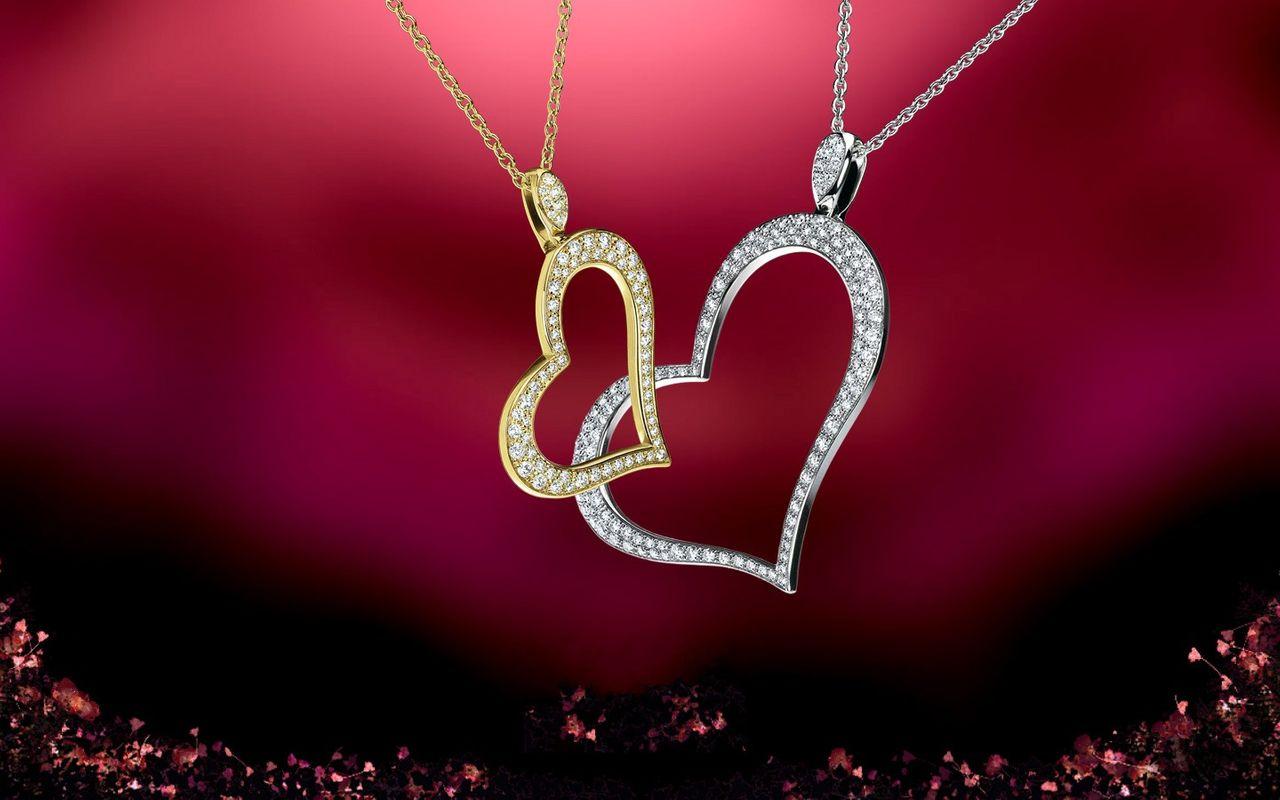 Piaget-Heart-Pendants-5aee0ea0900f0.jpg