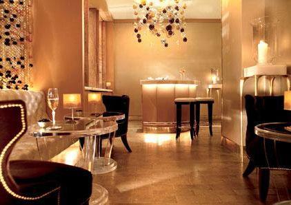 Image of luxury lobby