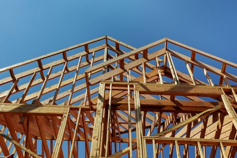 6 Signs It's Time to Build a New Home classic custom builders