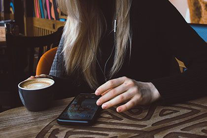 Why You Should Consider Getting a Mobile App for Your Business - Thumb.jpg
