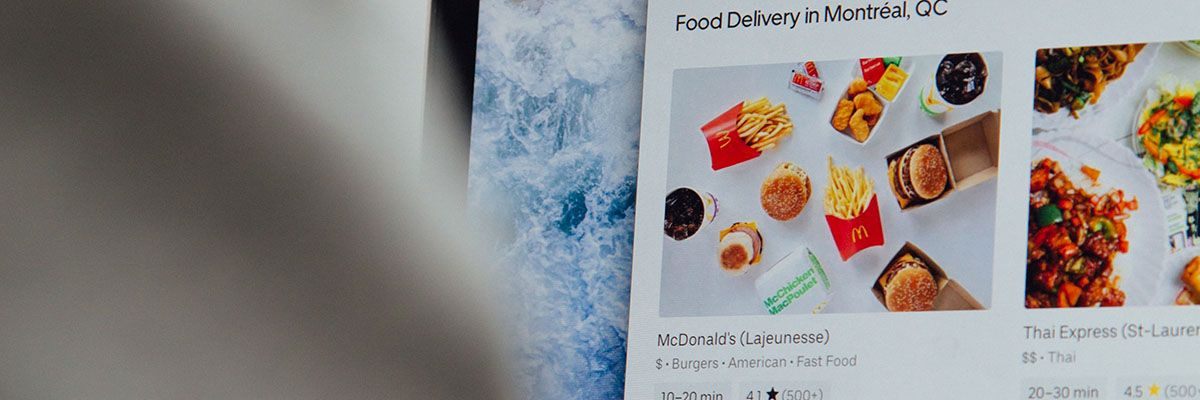 8 Reasons to Offer Online Ordering on Your Restaurant WebsiteFeature.jpg