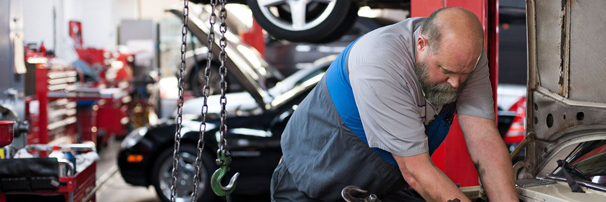 What to Include in Your Auto Shop Website-Featured.jpg