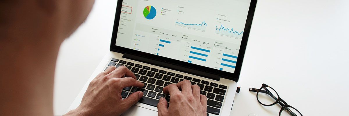 7 KPIs to Track on Your Website Featured.jpg