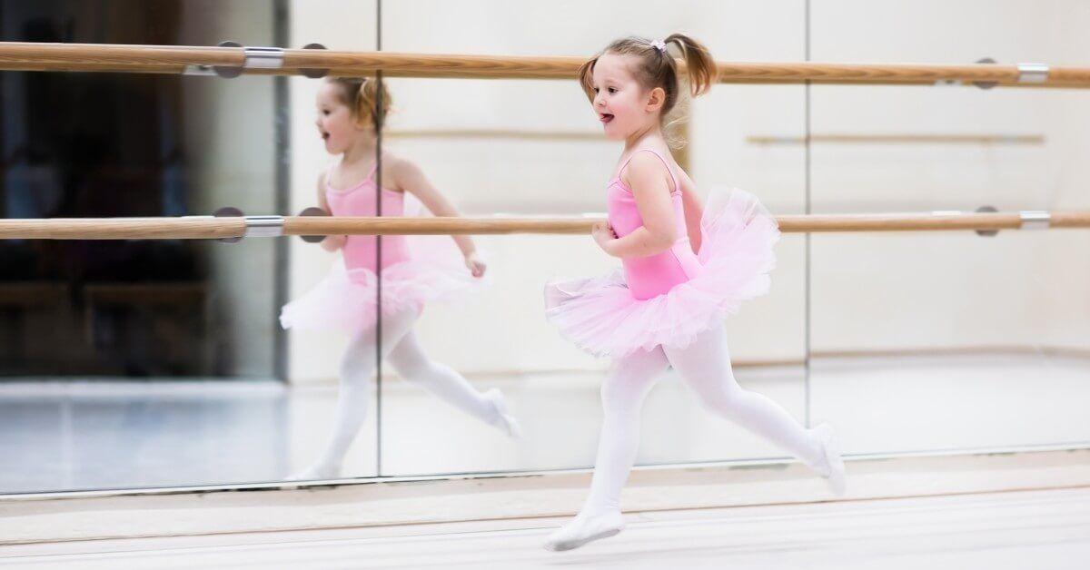 Dance-1-1-5ca9f598a9581.jpg